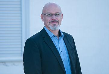 Robert Aurednik